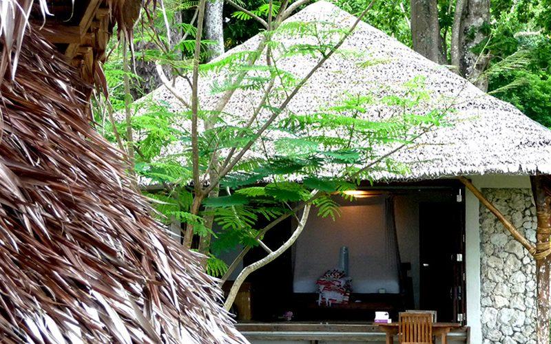 Authentic Travel    Port Vila + Efate Island : Vanuatu